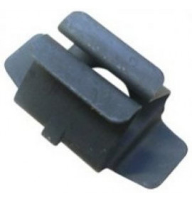 Quarter Turn Fastener - Medium Series Clip in Clip Retainers